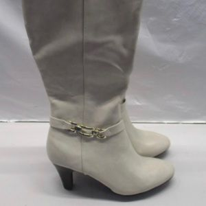 Karen Scott Cream Beige Heeled Boots